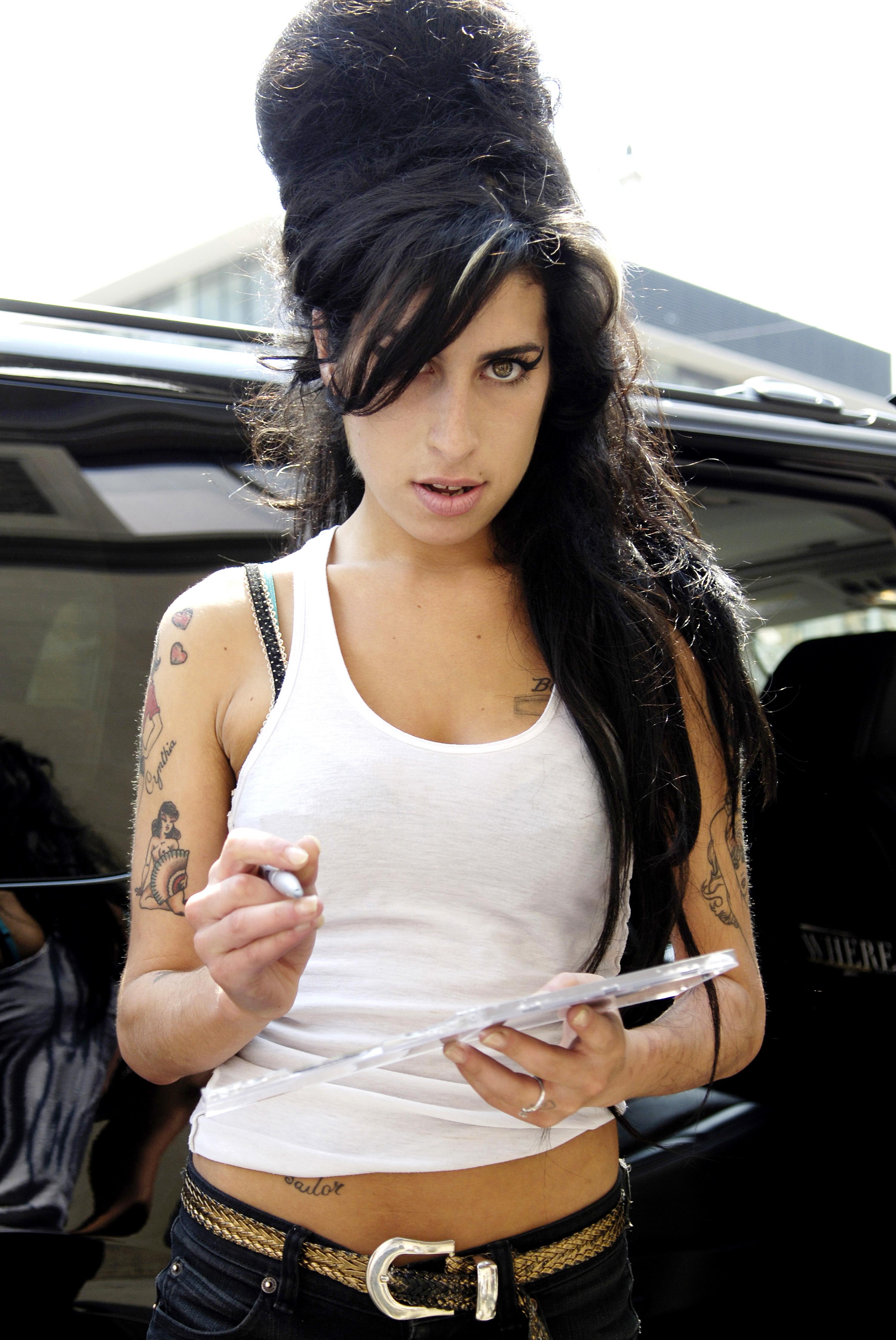 WinehouseAH063758