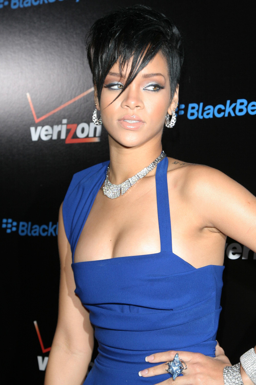 rihanna_08213786 Rihanna