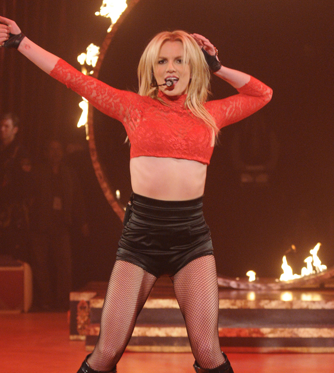 Britney Spears' 'Circus' CD lands her at No. 1