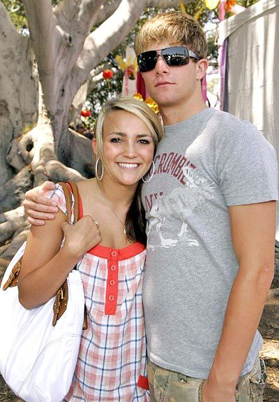 8D1D7A8668A054C Jamie Lynn Spears and Casey Aldridge