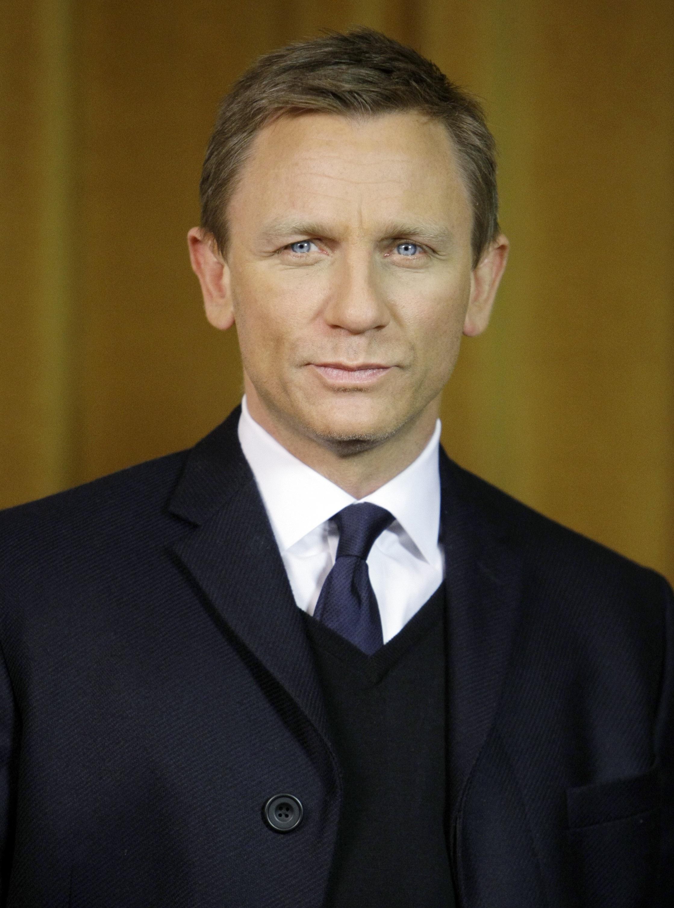 090119045996 Daniel Craig