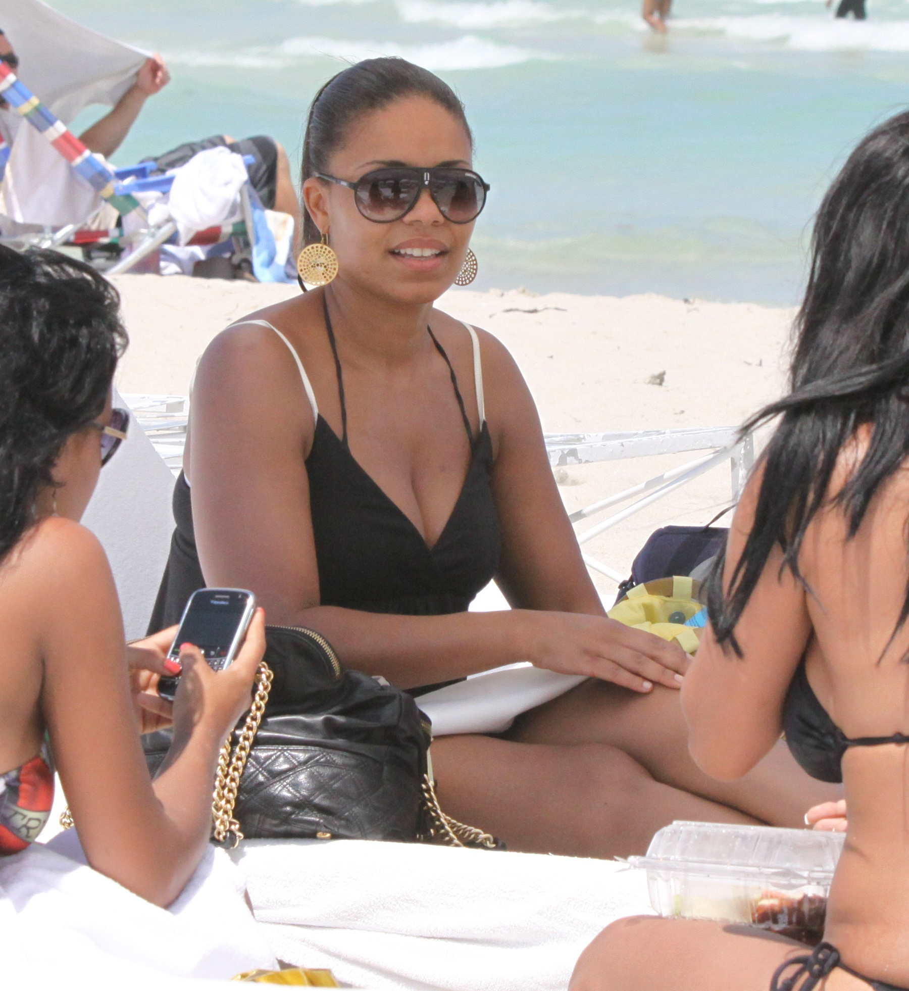 Bikini photos of sanaa lathan, download kerala girls hot nude images