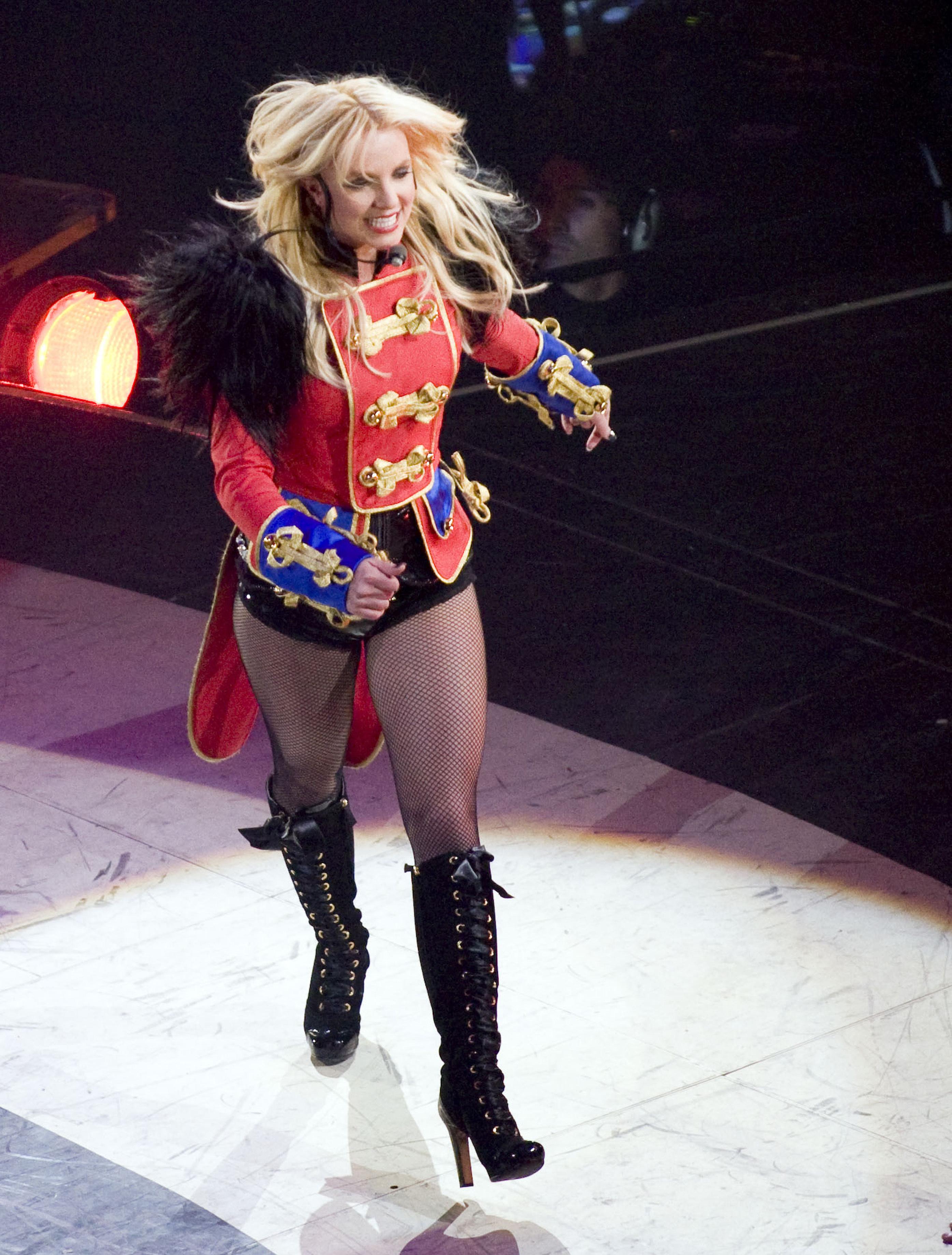 SpearsLK014165946.jpg Britney Spears