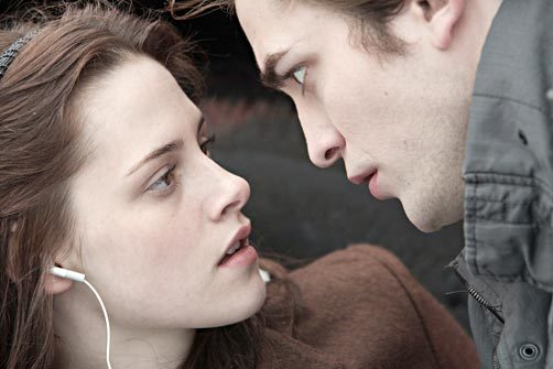 Kristen Stewart, Robert Pattinson, via MSN