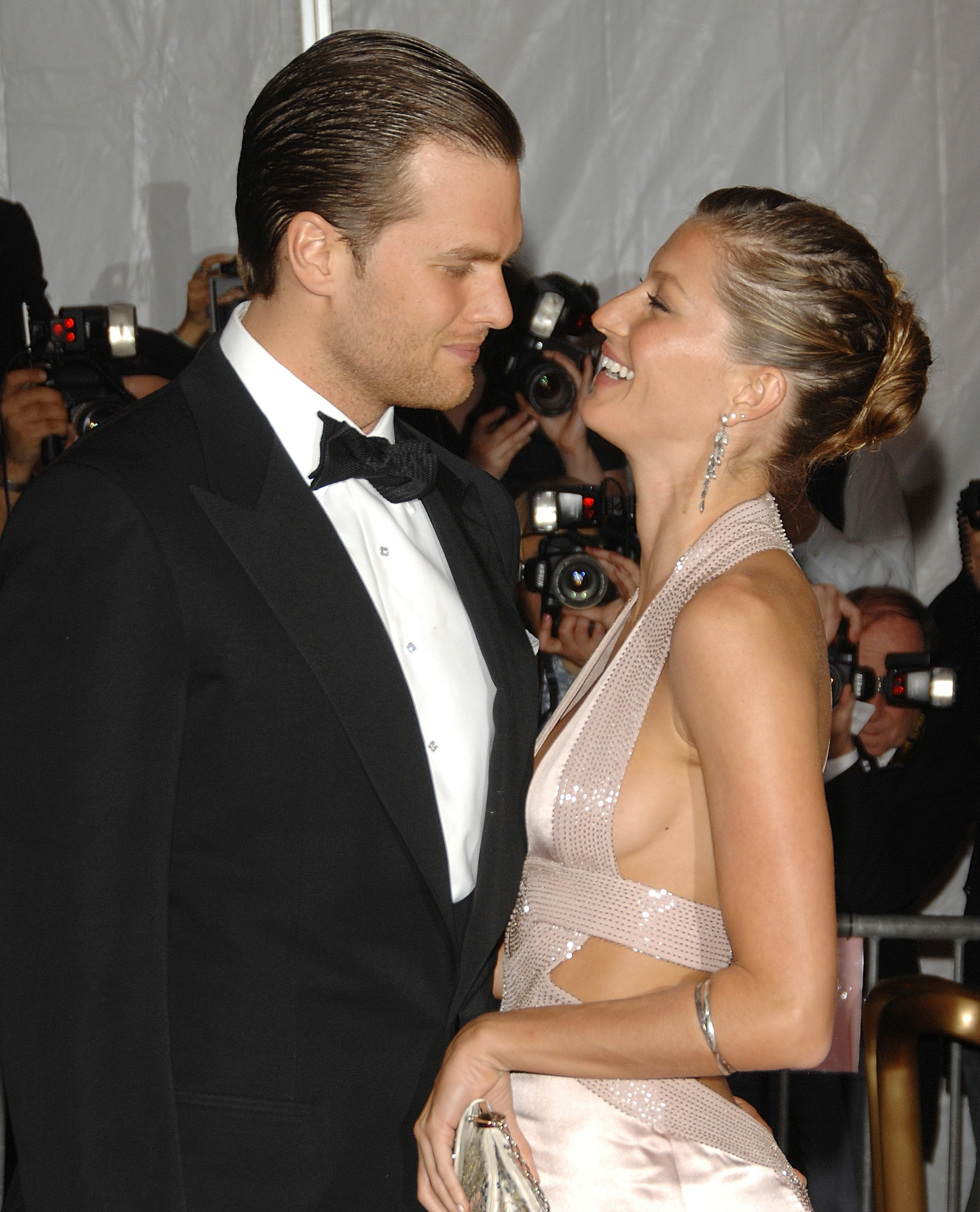 080505038903 Tom Brady and Gisele Bundchen