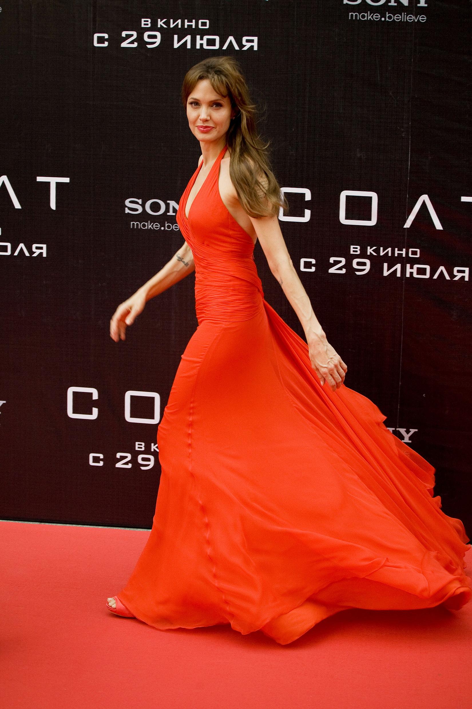 Angelina_Salt_Russia