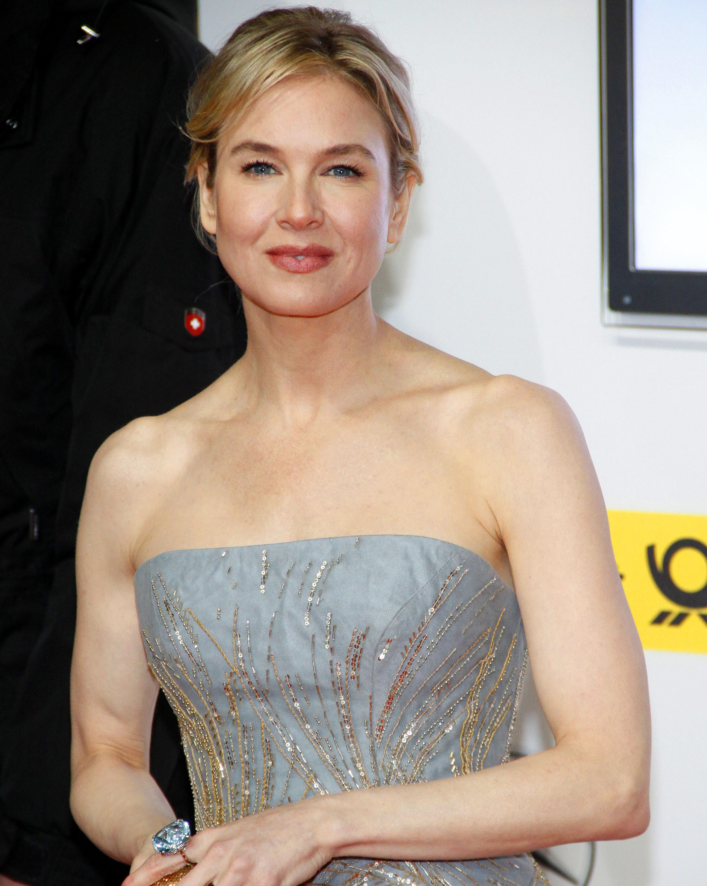 Renee Zellweger - Celebrity plastic surgery before and ...