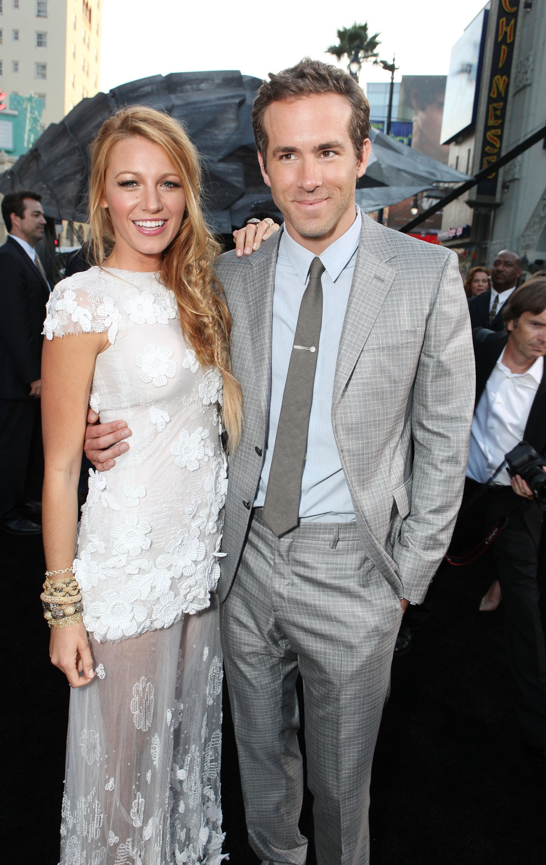 Did Blake Lively Stay With Ryan Reynolds After Dumping Leonardo