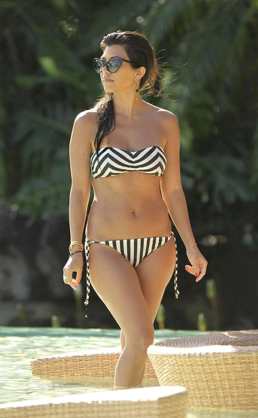 Kourtney Kardashian black and white chevron stripe bikini