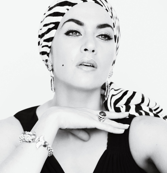 Kate Winslet dressed like Elizabeth Taylor