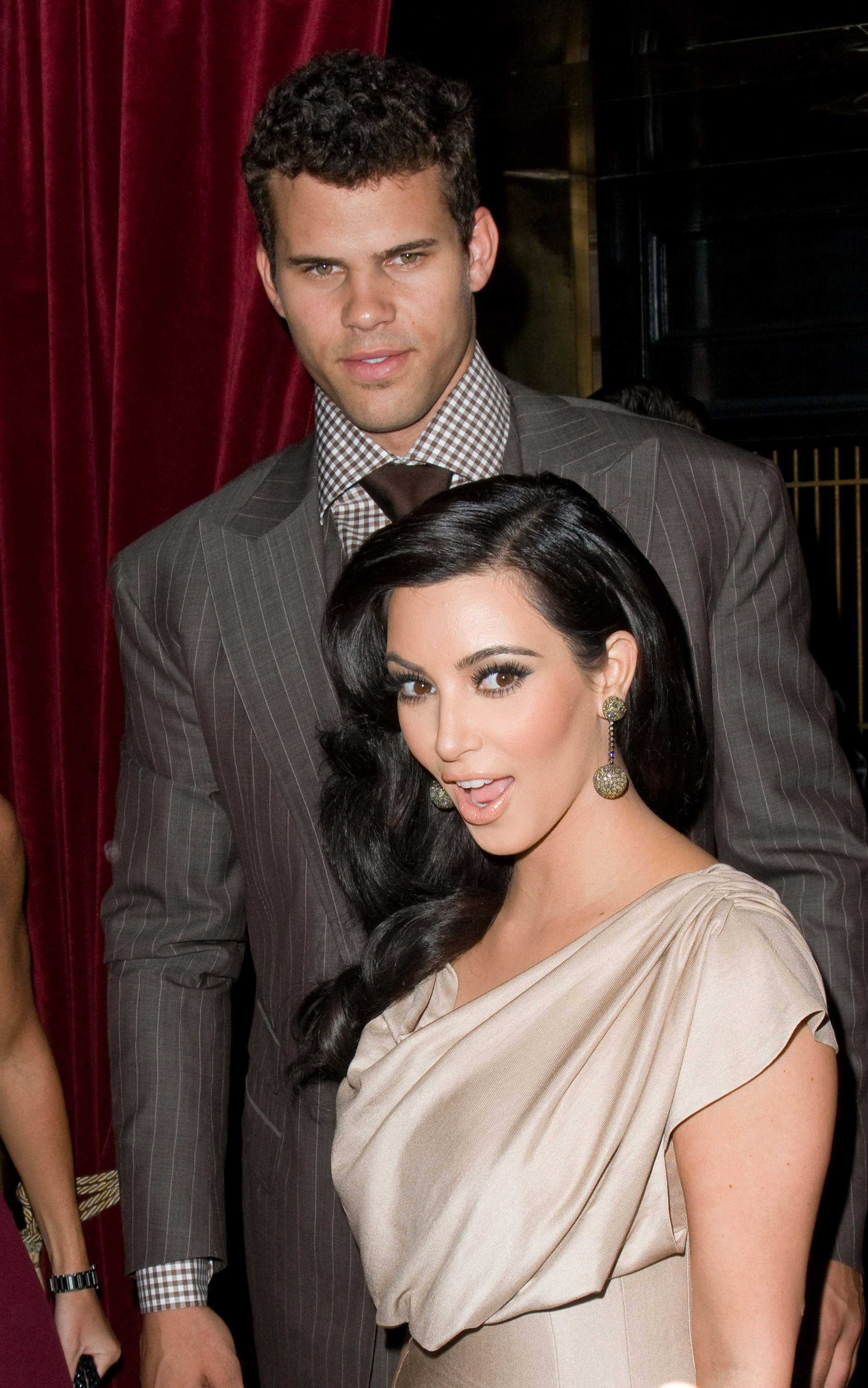 kris humphries lawyer pregnancy