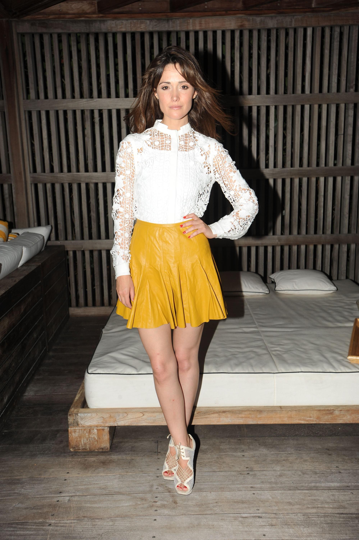 Rose Byrne yellow