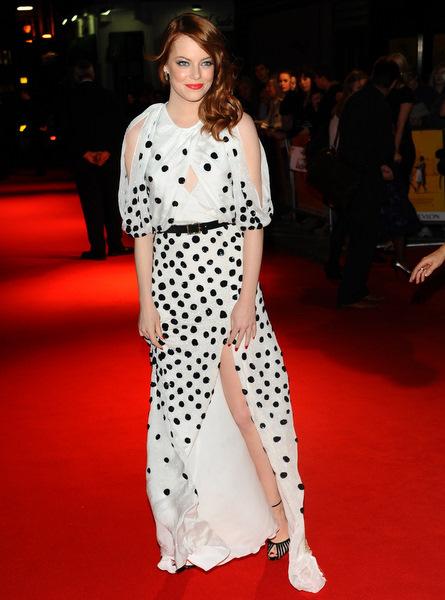 emma stone black and white dress