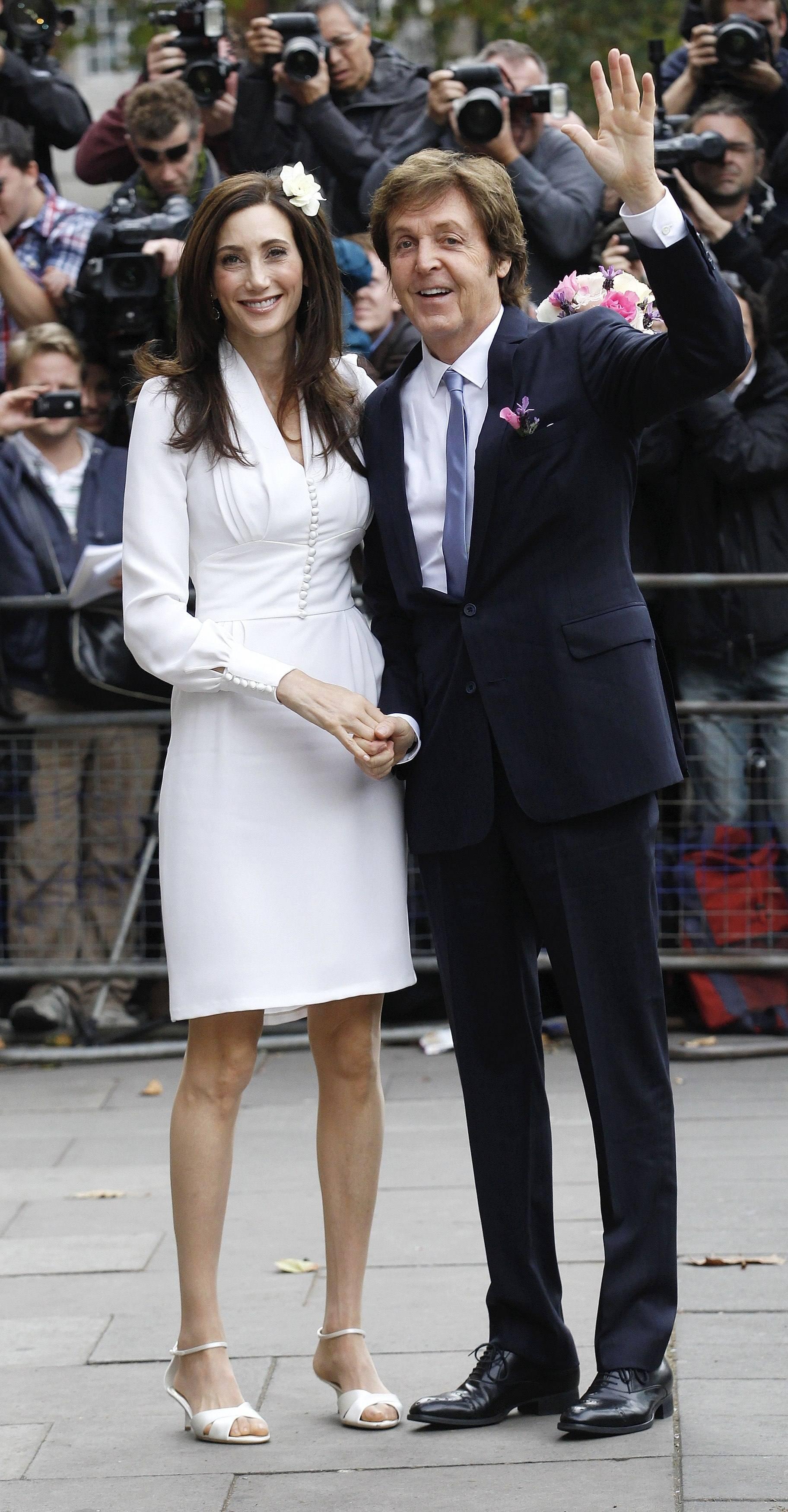 Paul McCartney marries Nancy Shevell