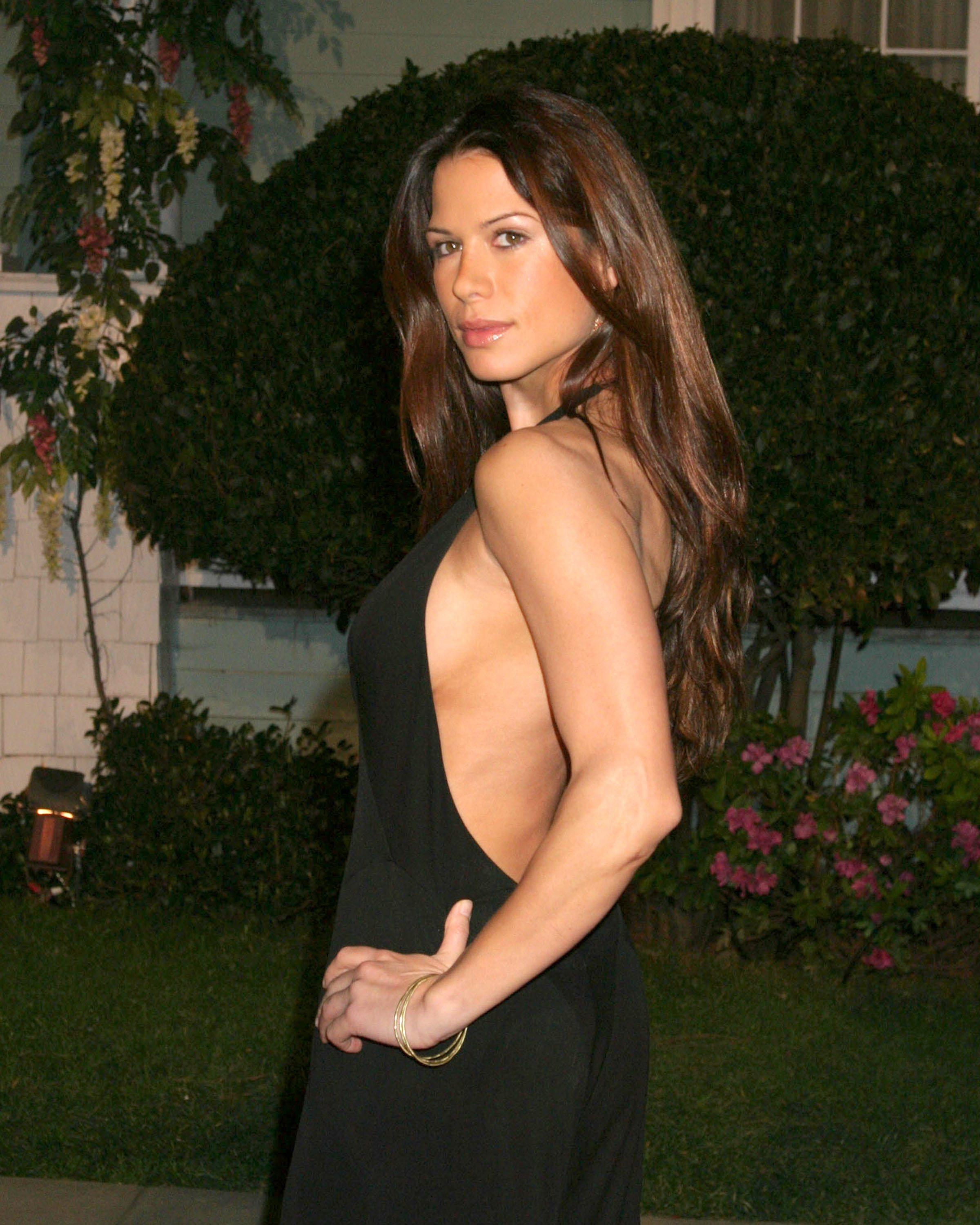Rhona Mitra, dated in 2005