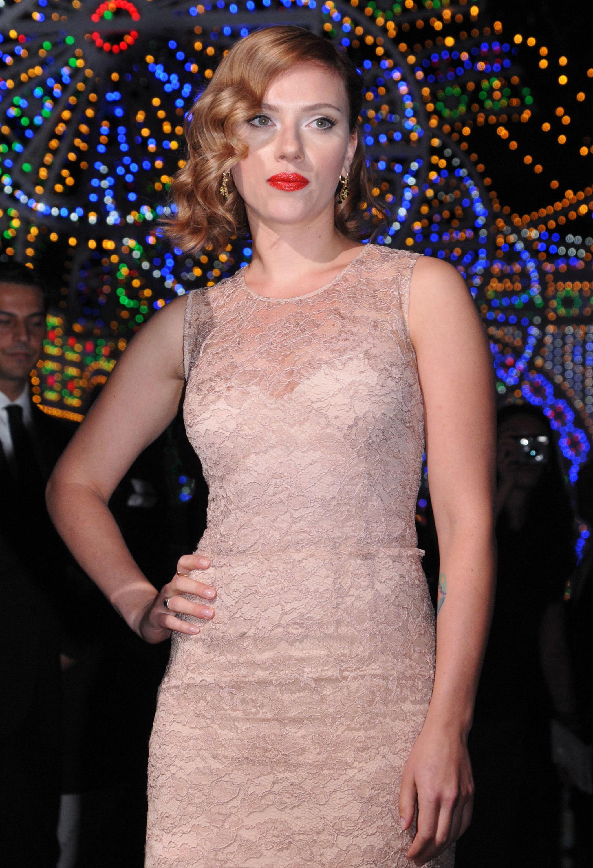 Scarlett Johansson rider pink dress