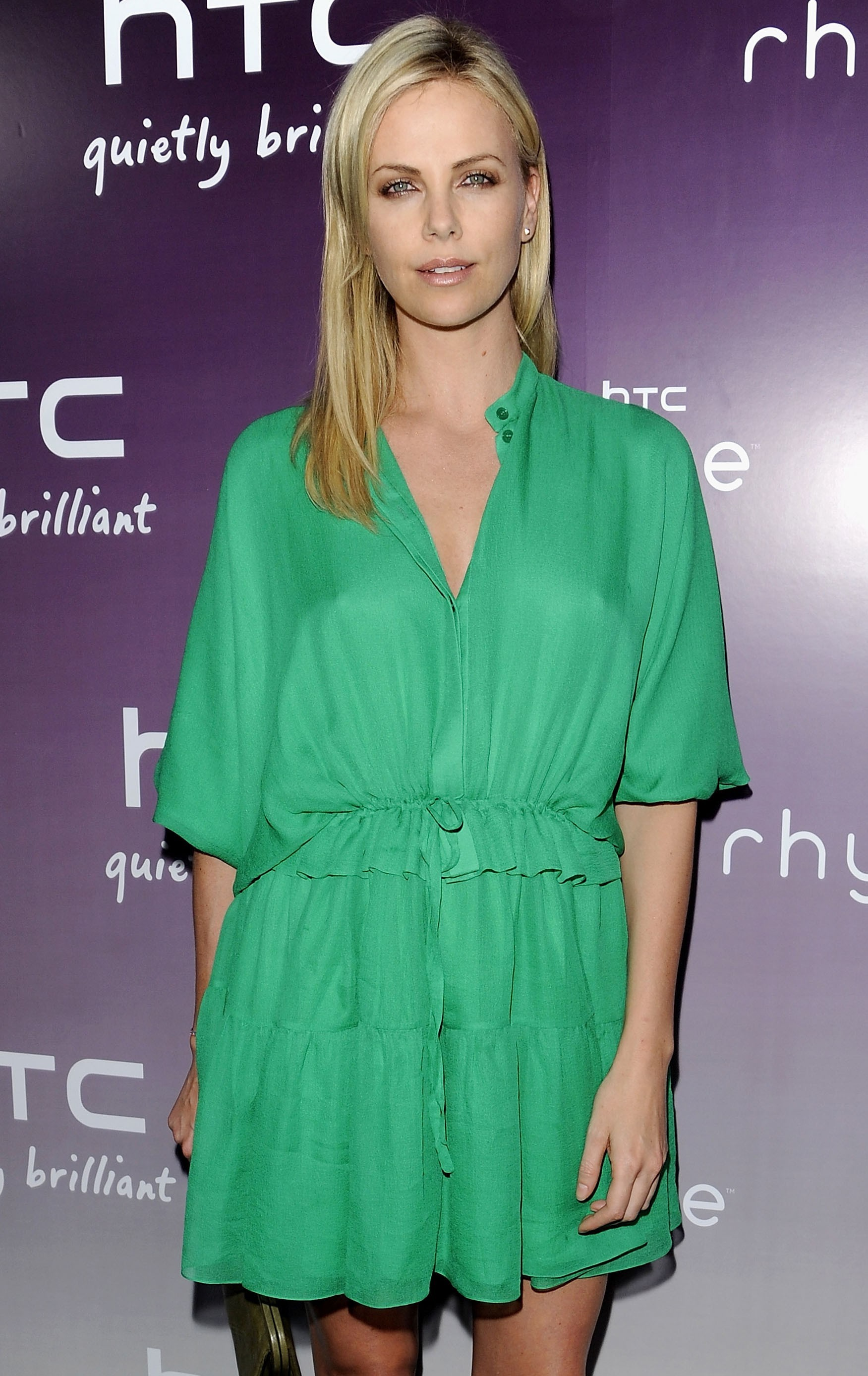 charlize theron green dress