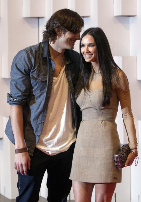 ashton kutcher demi moore divorce spousal support