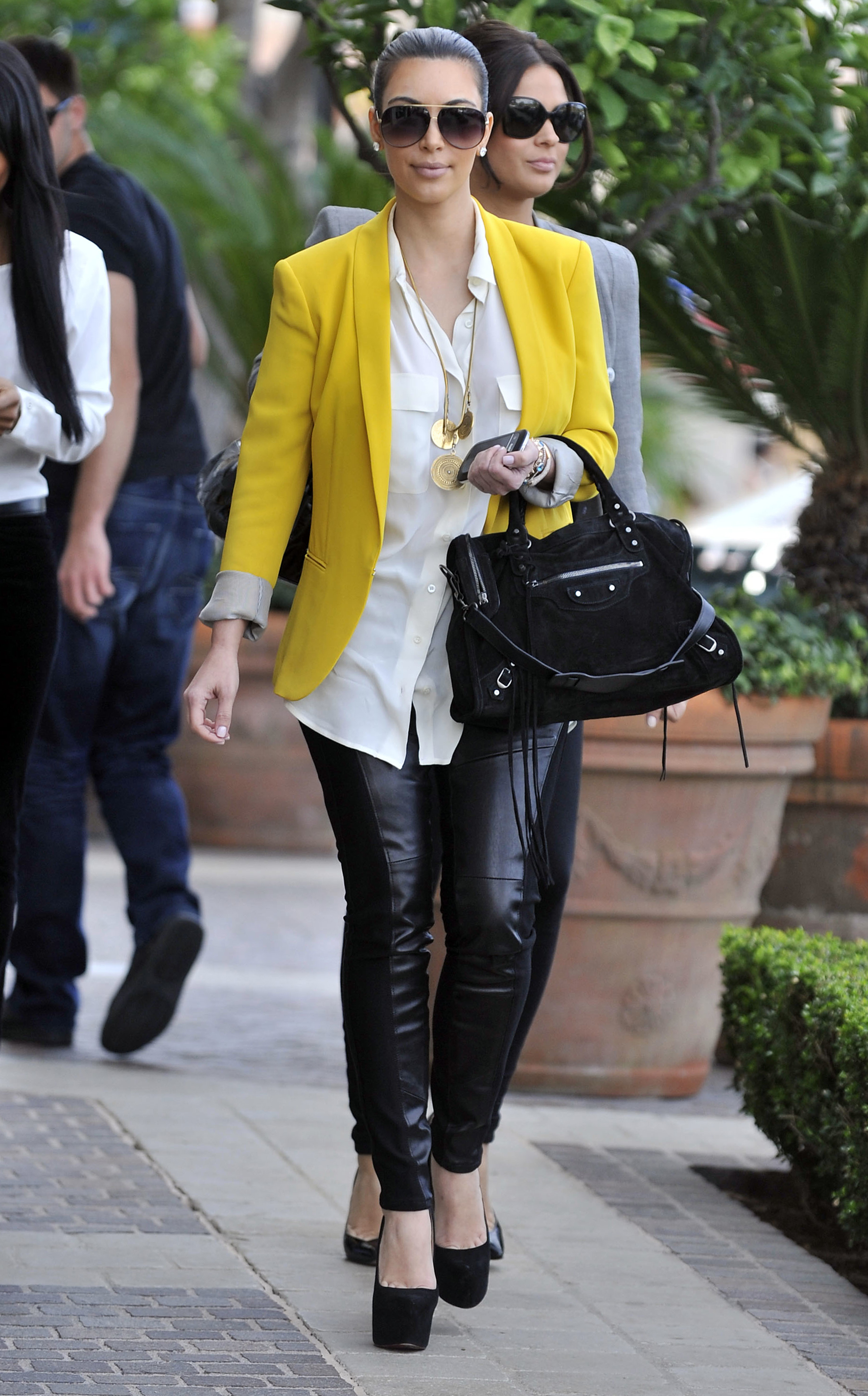 kim kardashian hilary duff rag and bone blazer