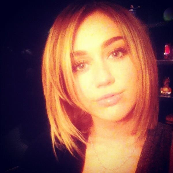 Miley Cyrus bob haircut