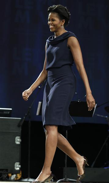 michelle obama jennifer aniston plastic surgery under arm increase