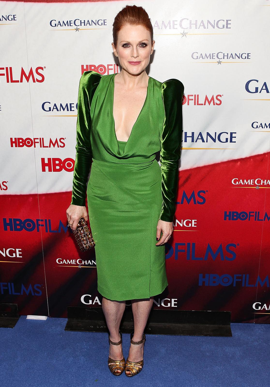 julianne moore green dress