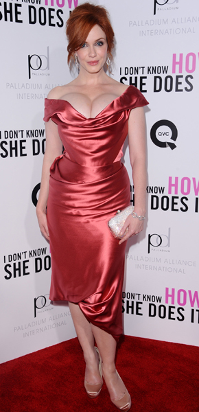 Christina Hendricks red dress I dont know how she does it premiere