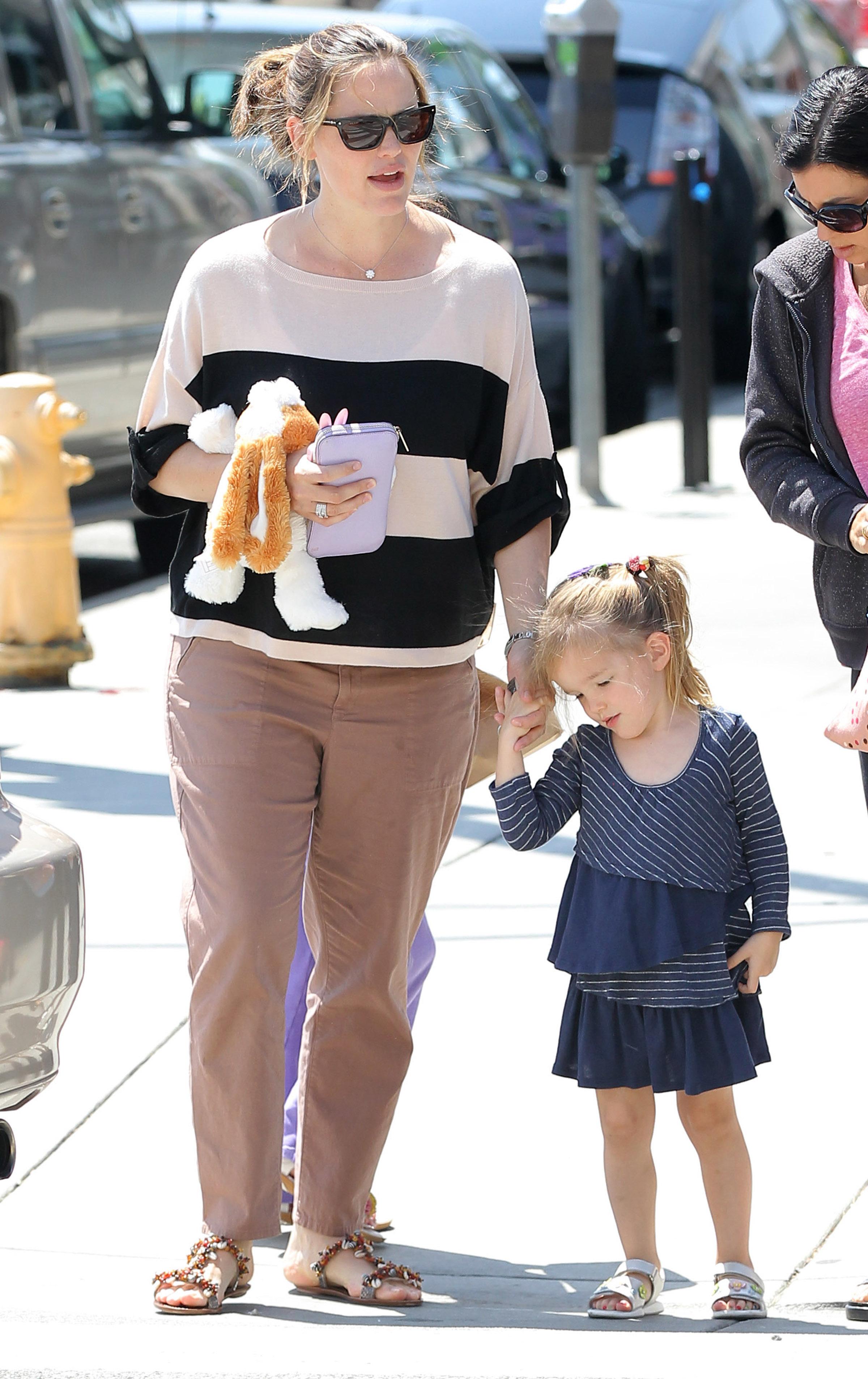 Jennifer Garner daughters