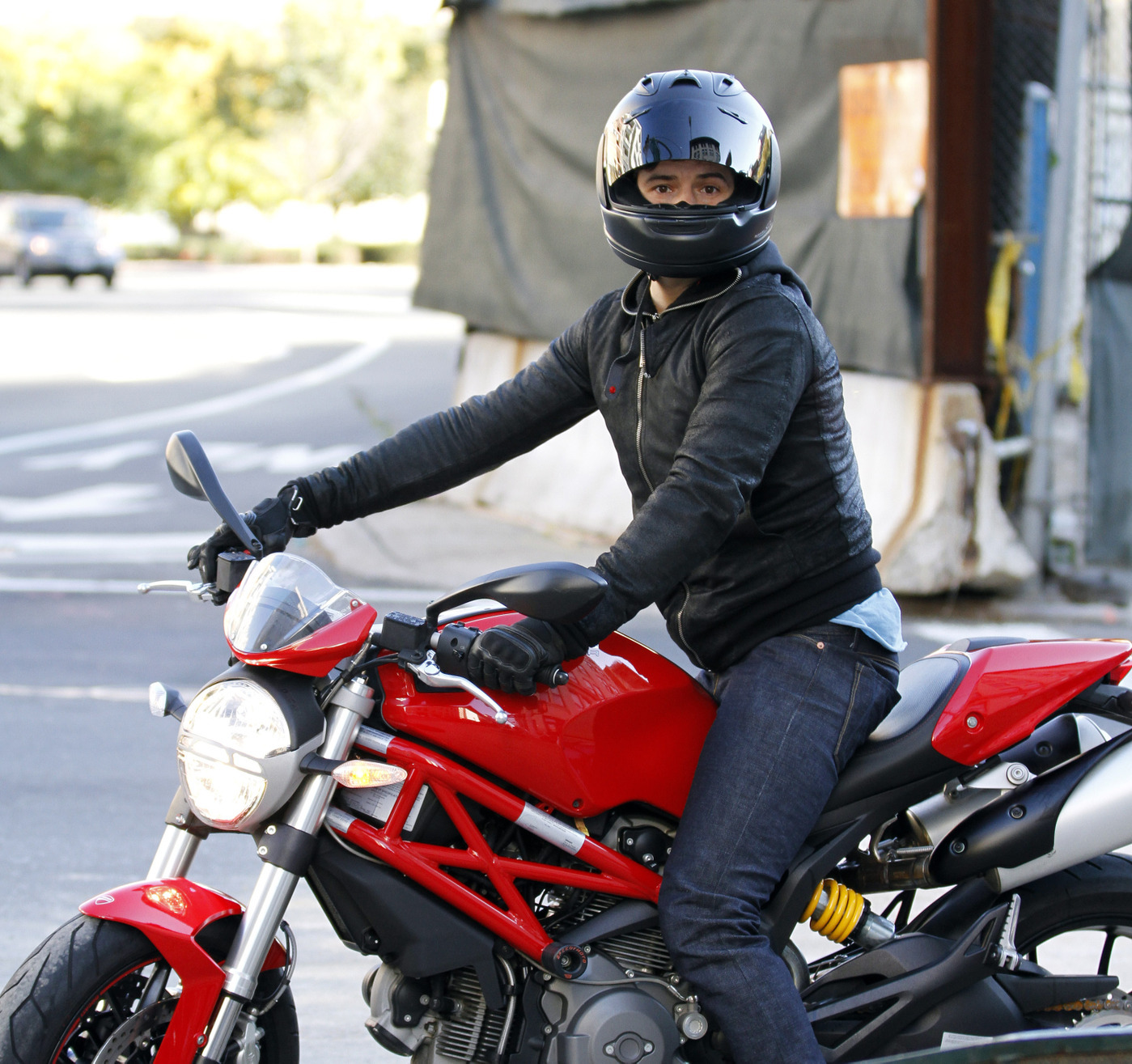 orlando bloom motorcycle