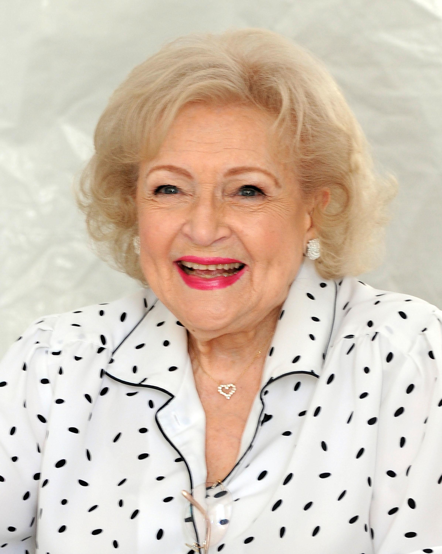 Betty White Twitter