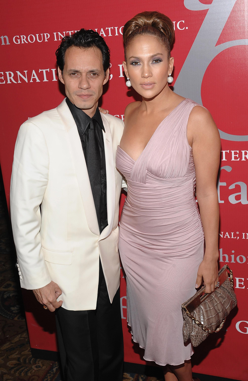 Marc Anthony white suit Jennifer Lopez pink dress