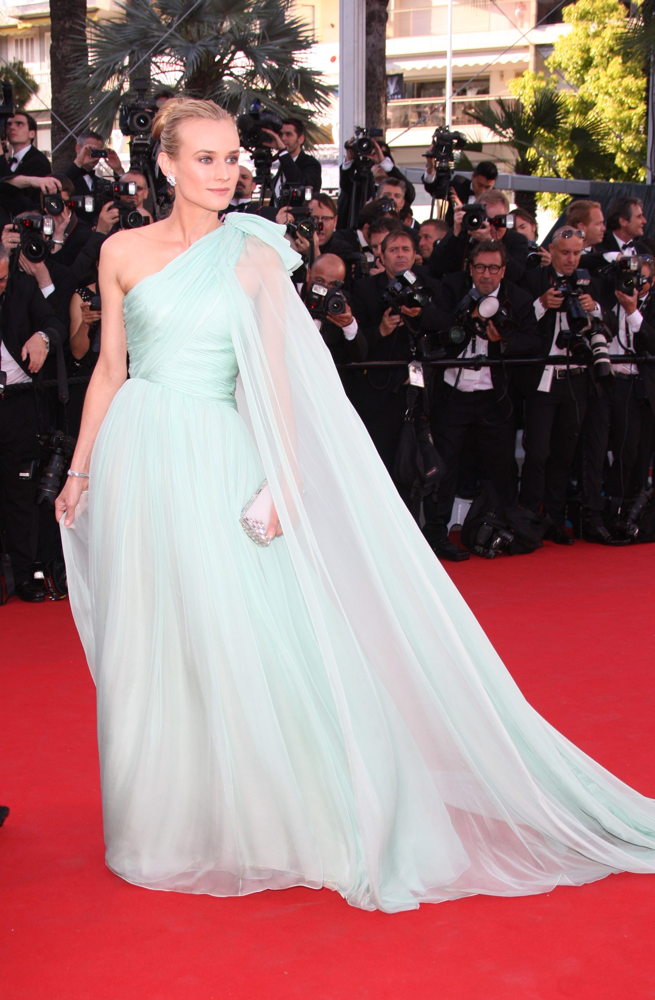 Diane Kruger seafoam mint green Giambattista valli gown 2012 cannes film