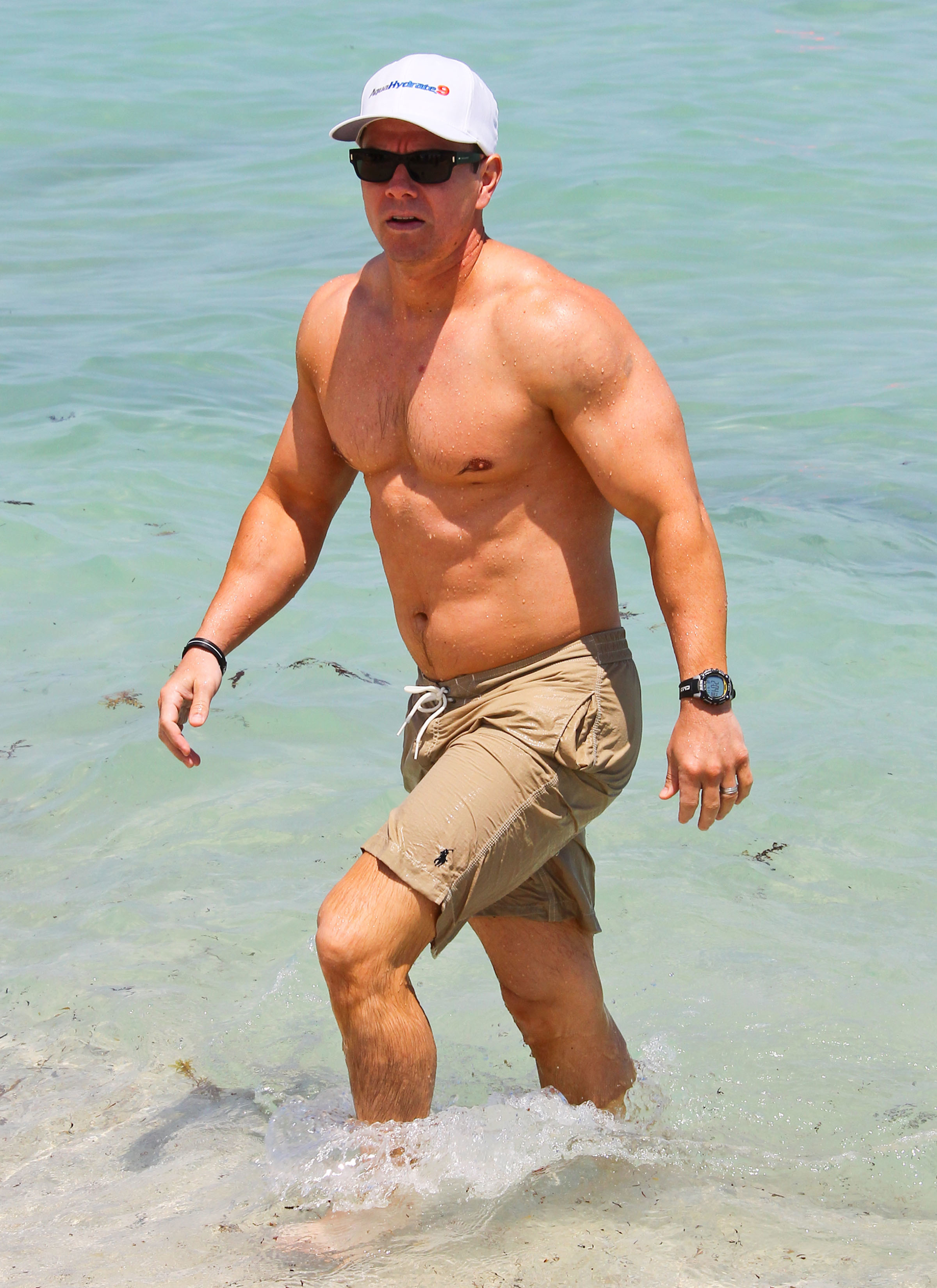 Mark Wahlberg Shirtless male men celebrity hunks dudes