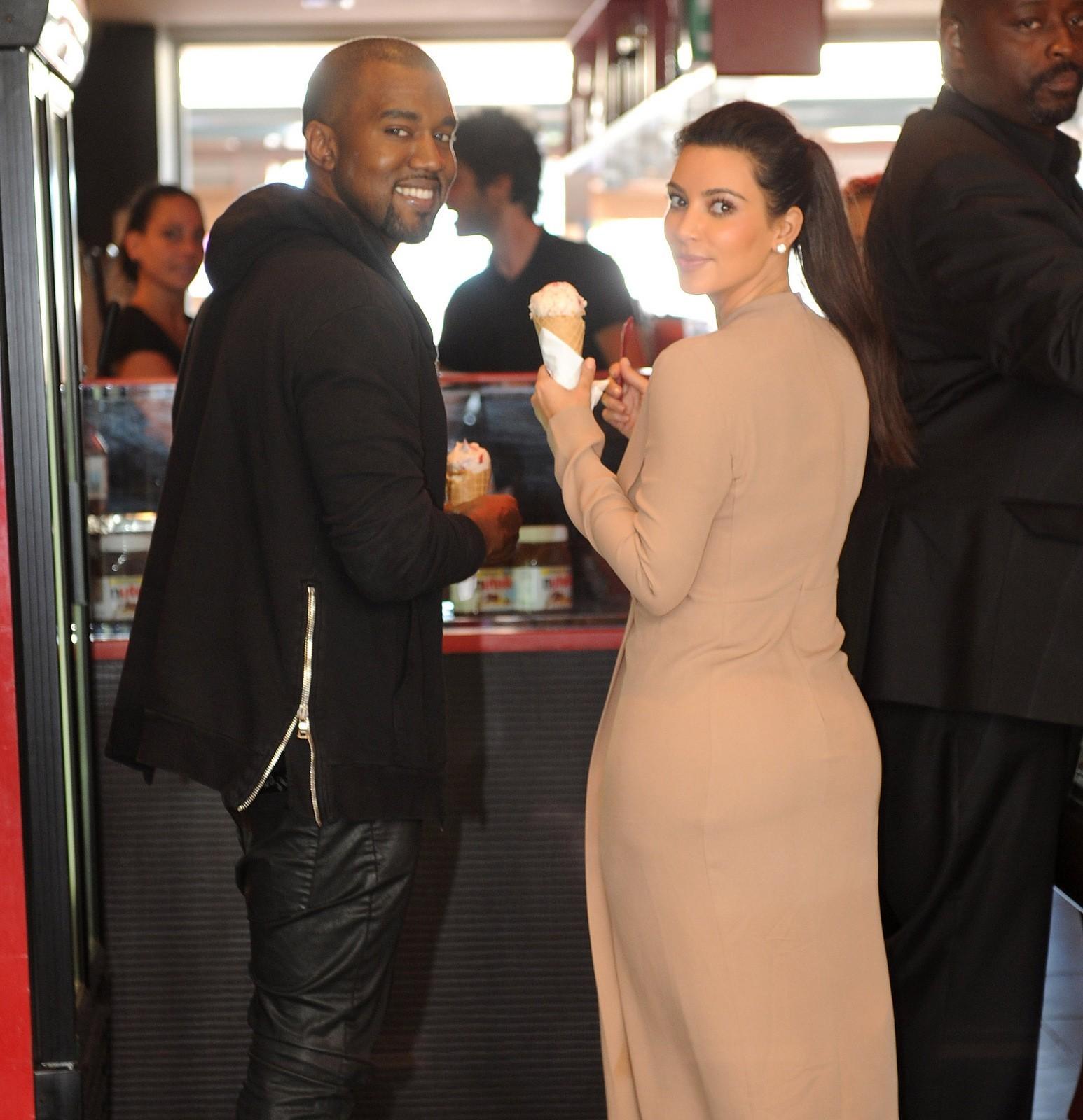Kim Kardashian and Kanye ice cream cone