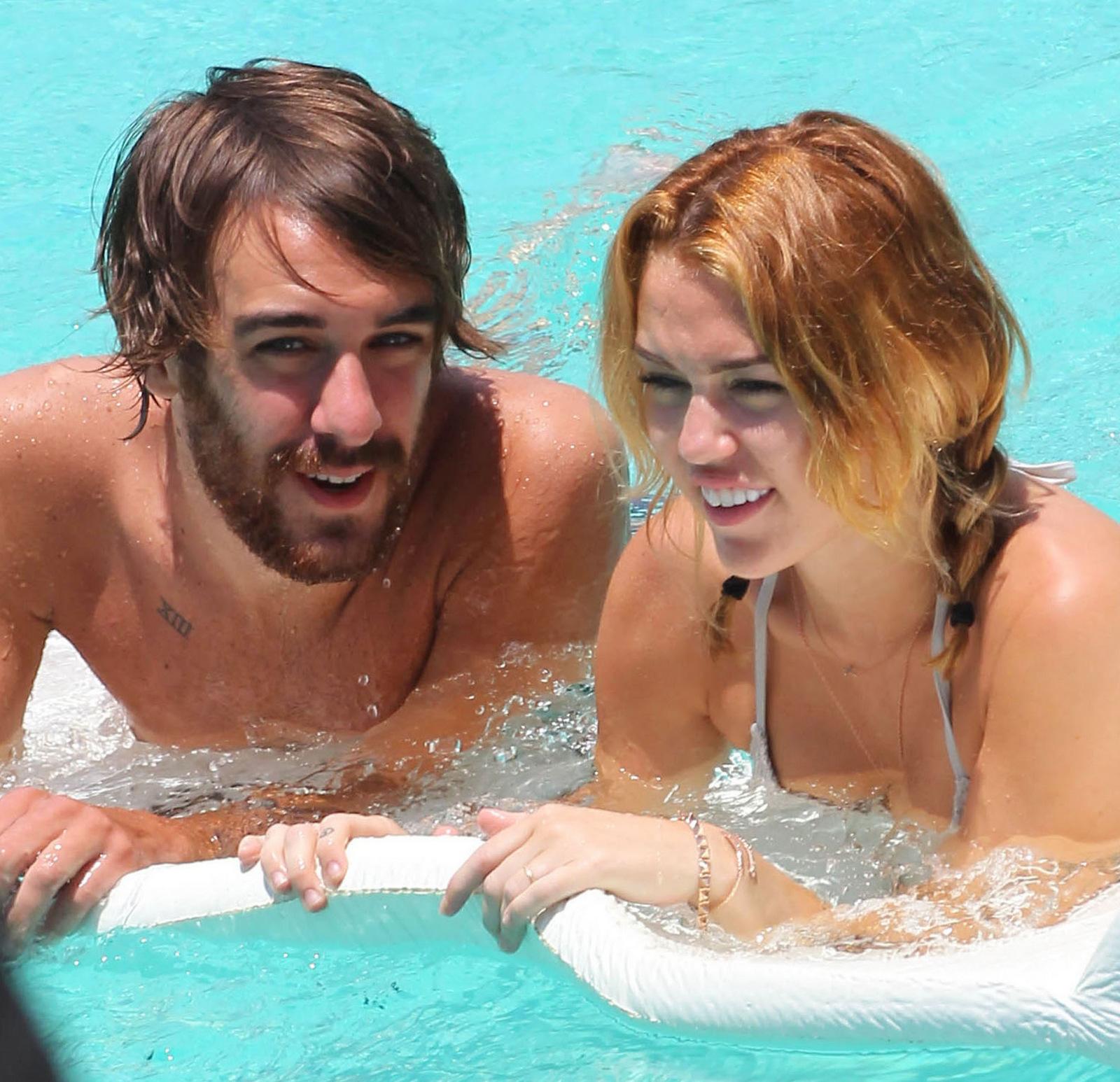 Miley Cyrus friend