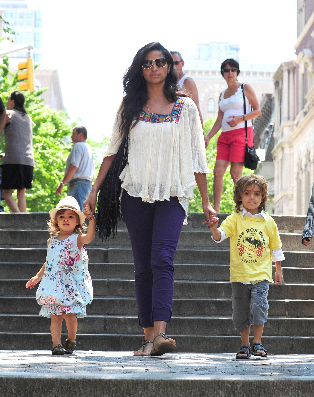 Camila Alves kids