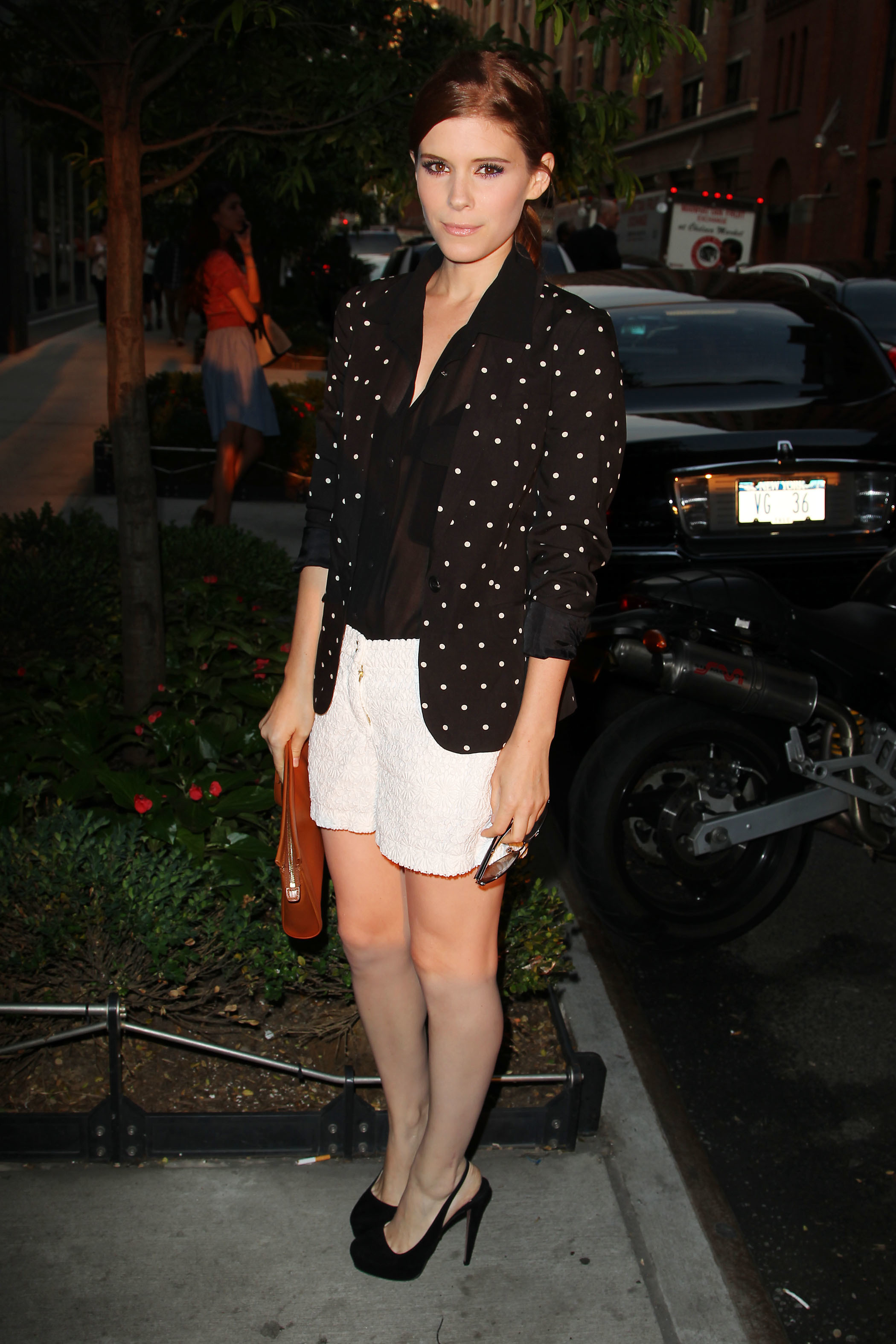 Kate Mara white lace shorts