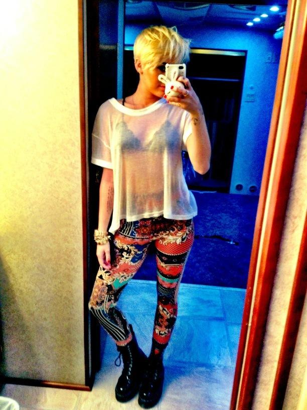 Miley Cyrus crazy pants