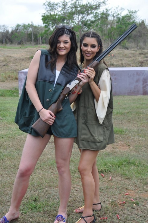 Kim Kardashian Skeet Shooting Range Kylie Jenner Dominican Republic 1wtmk 491x740
