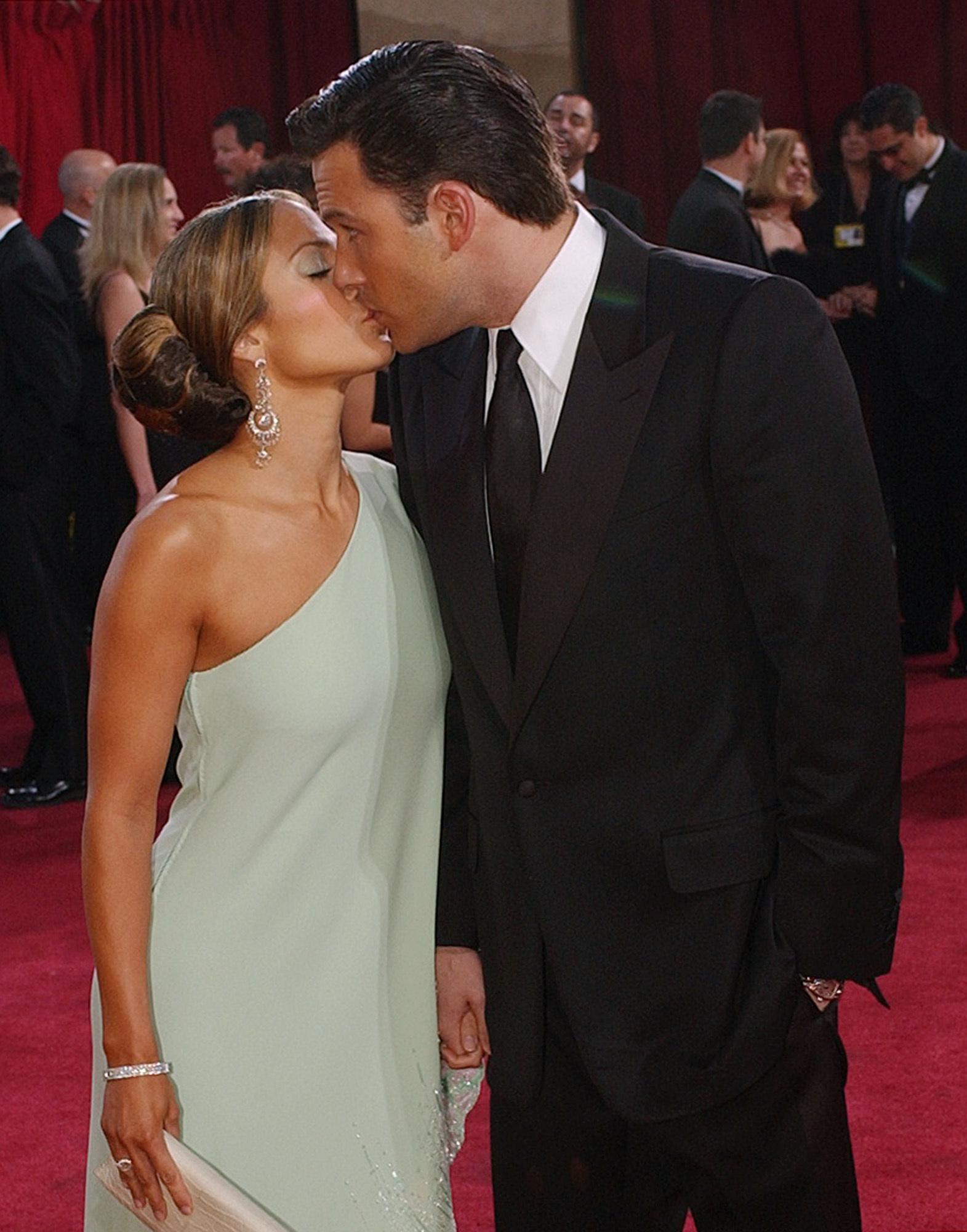 Jennifer Lopez Ben Affleck 2003 Oscars