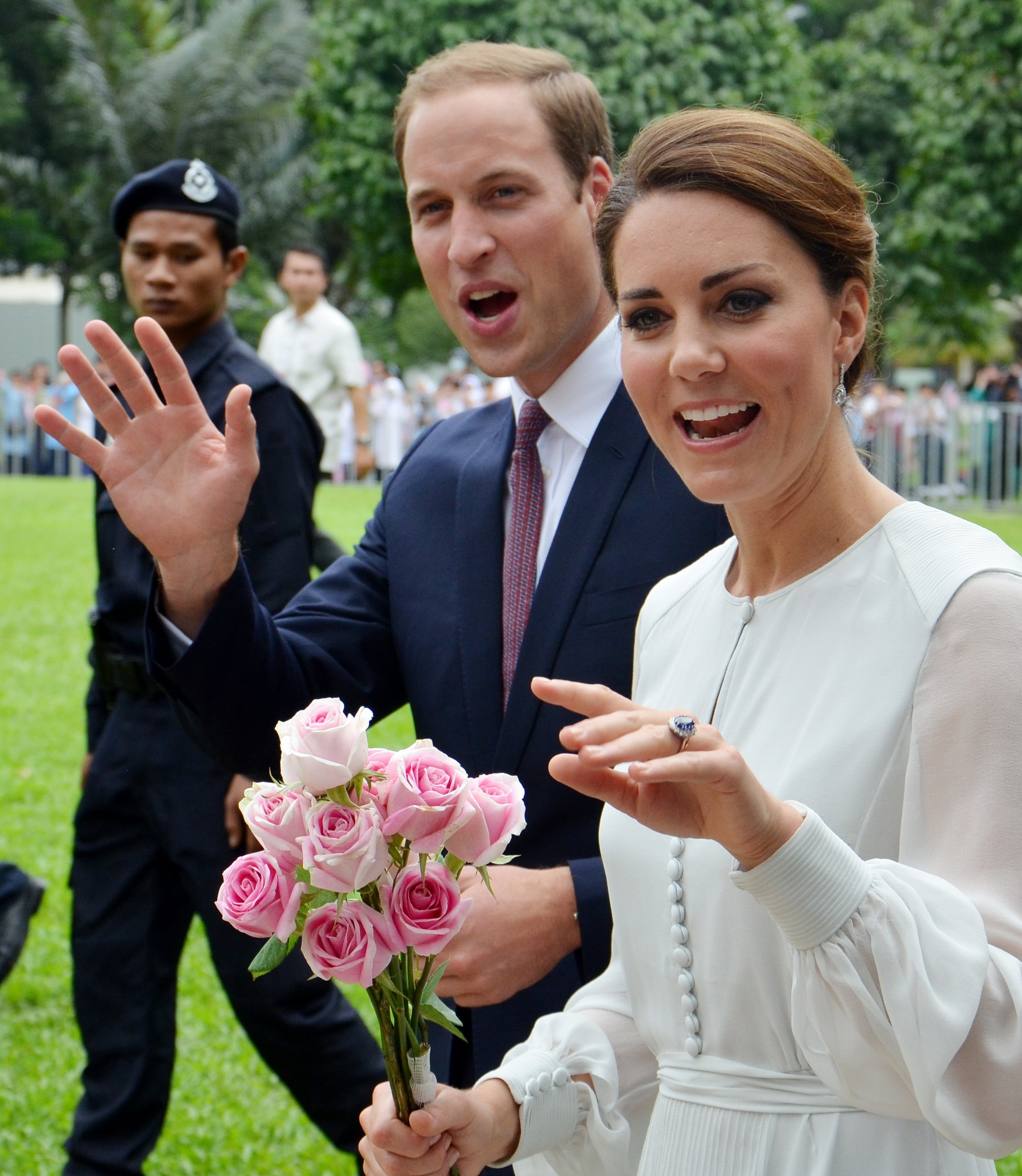Duchess Kate Prince William wave to public