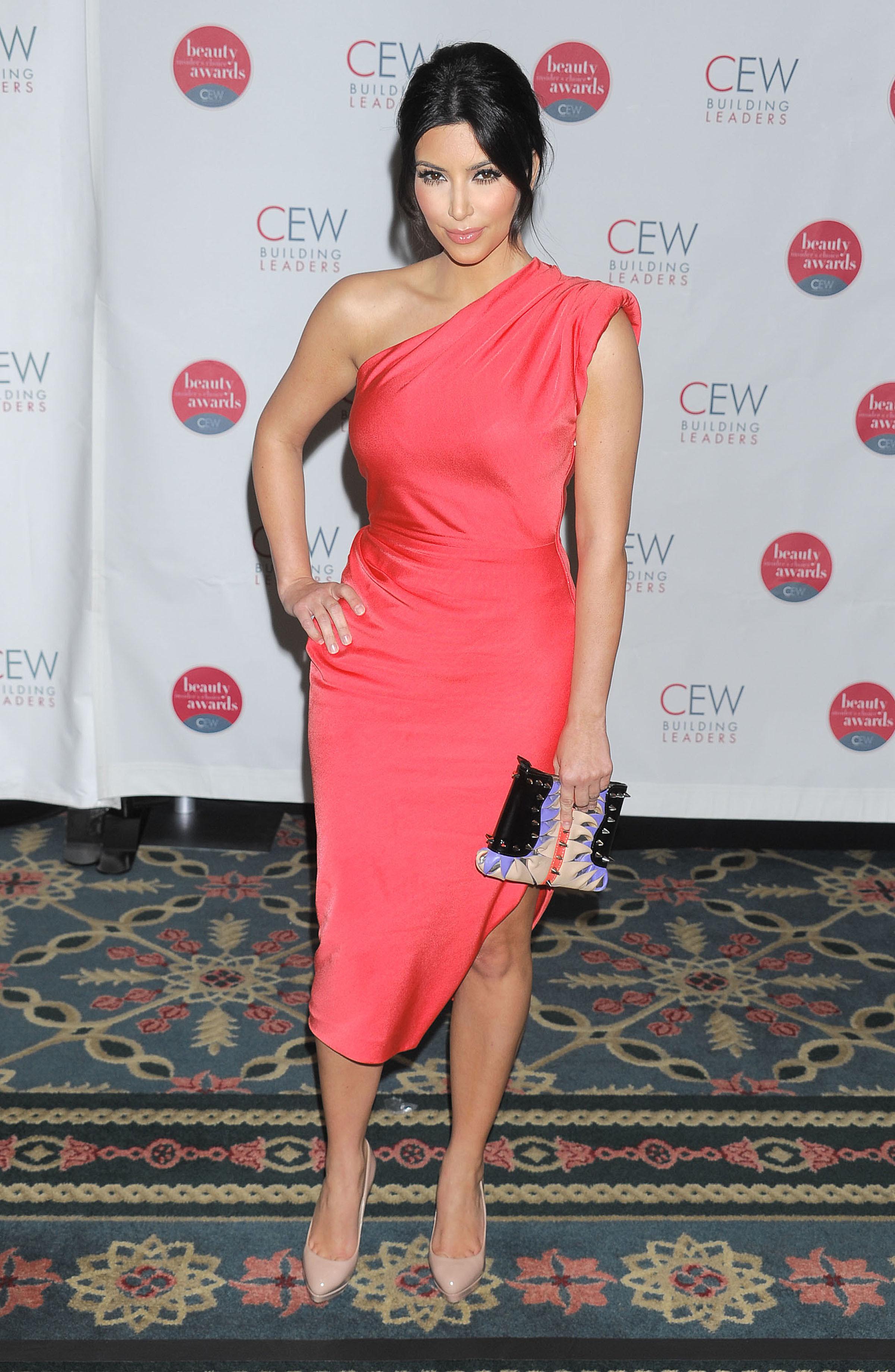 kim kardashian tyra banks rachel roy dress