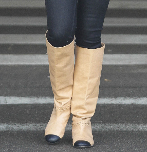 Katherine Heigl crazy boots