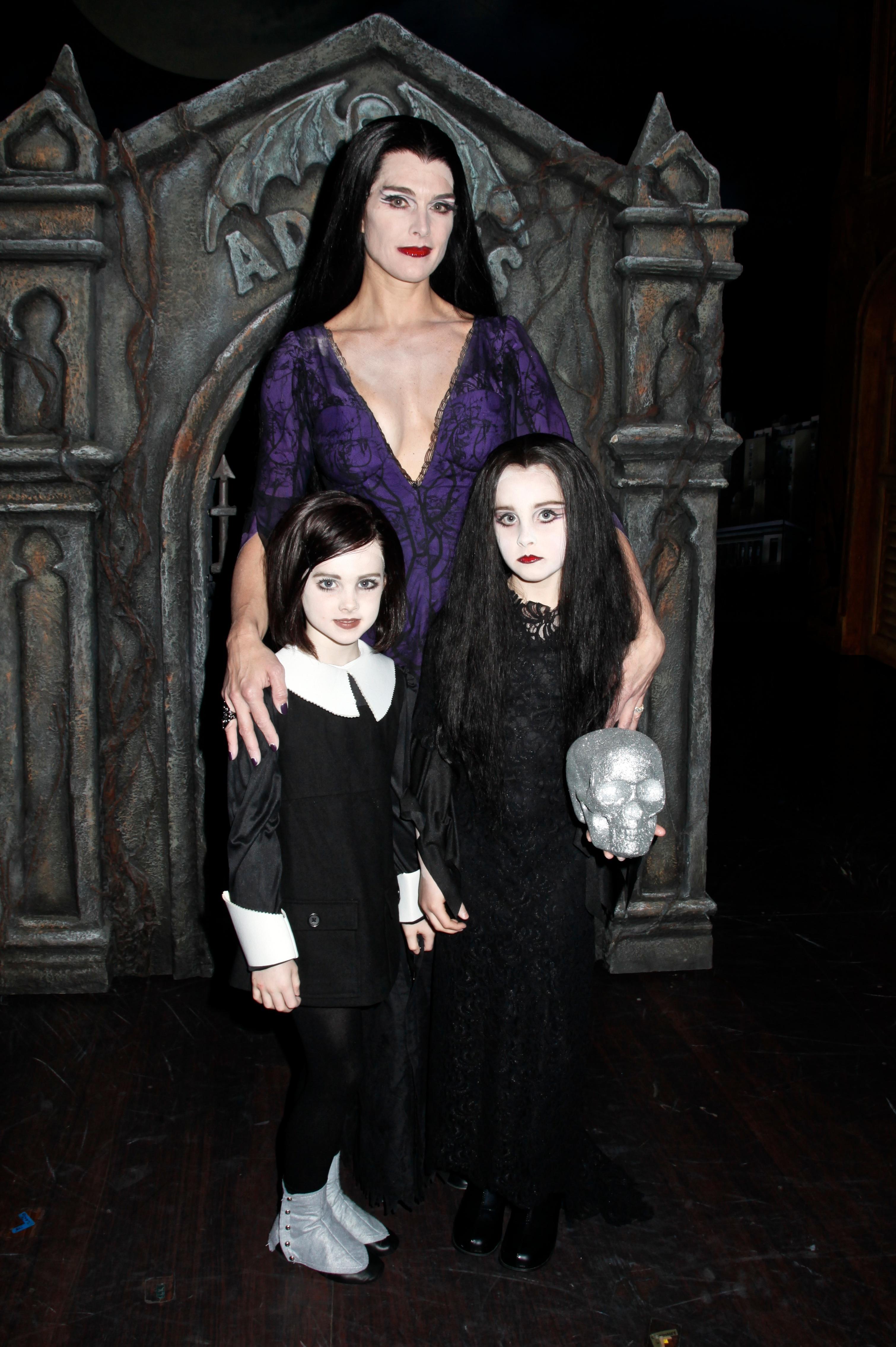 Brooke Shields halloween costume
