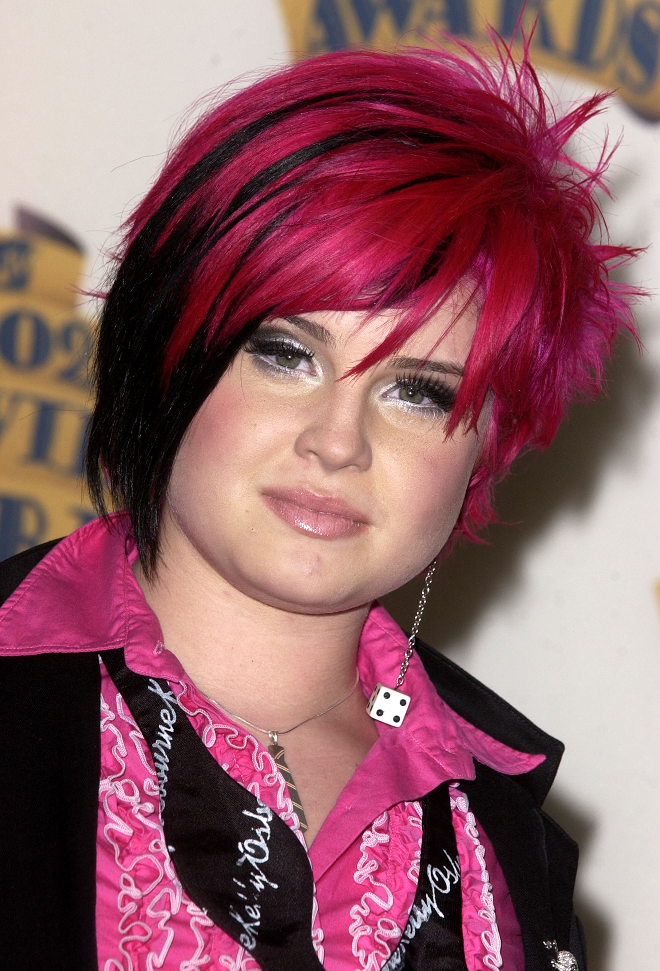 kelly osbourne hair color purple style makeover bangs fashion police