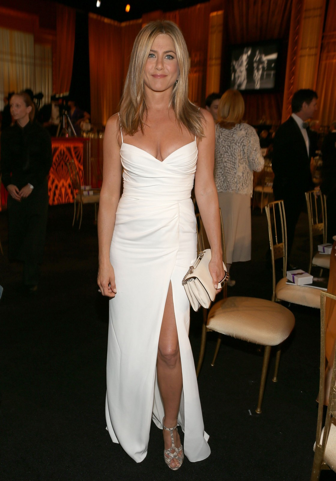 Jennifer Aniston slit