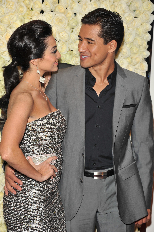 Mario Lopez wife Courtney Mazza red carpet