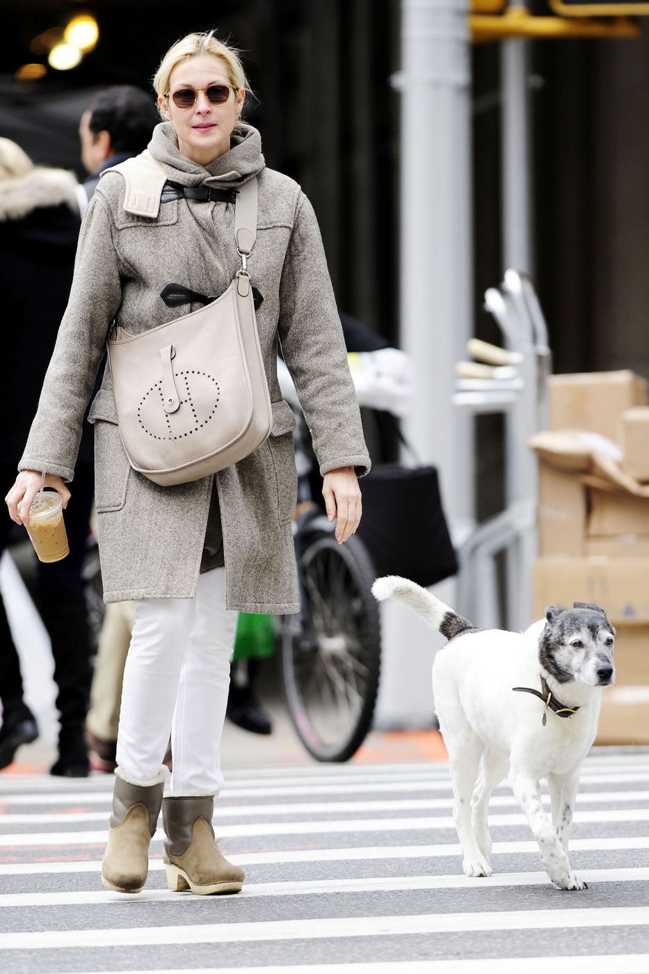 Kelly Rutherford dog