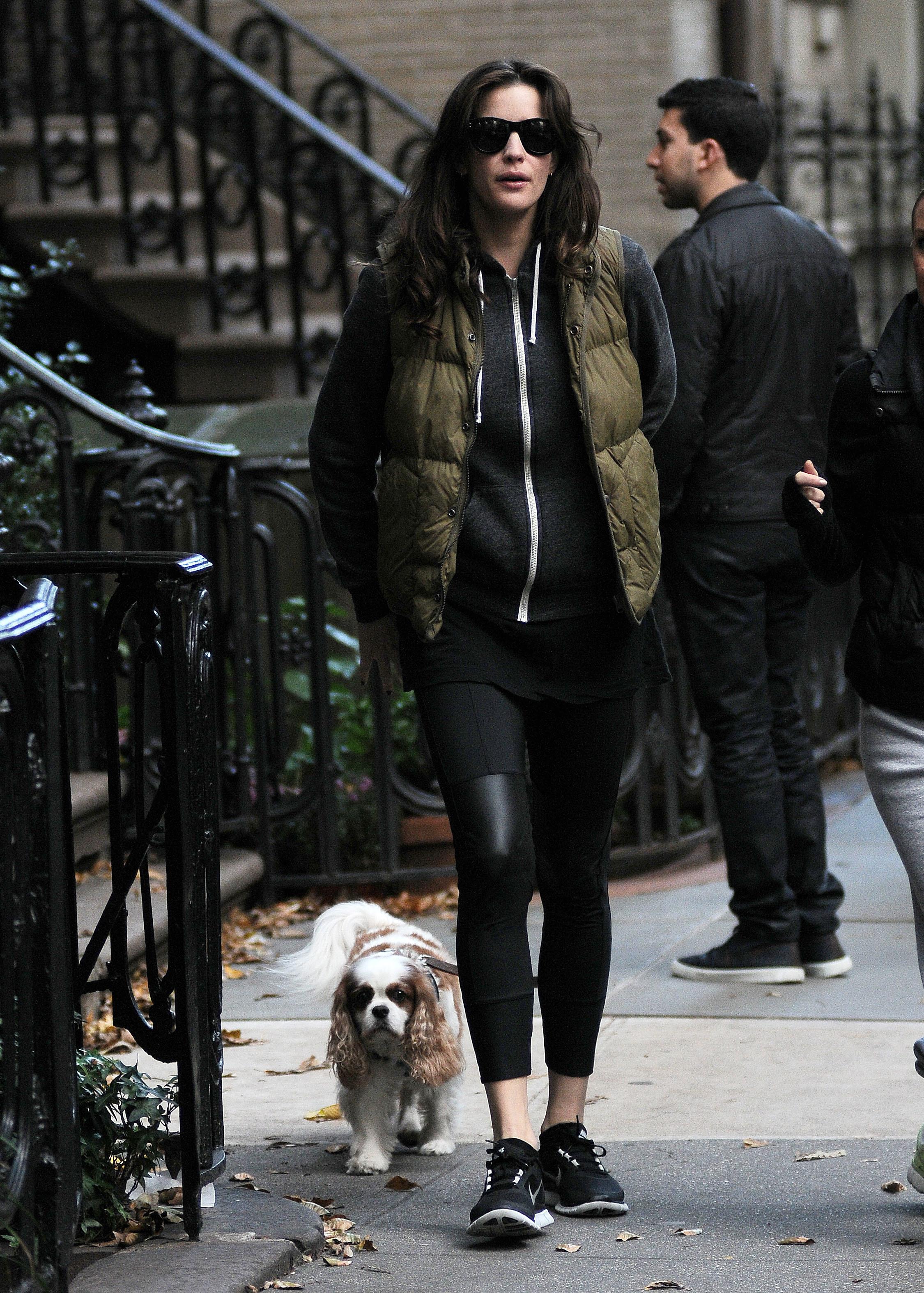 Liv Tyler dog