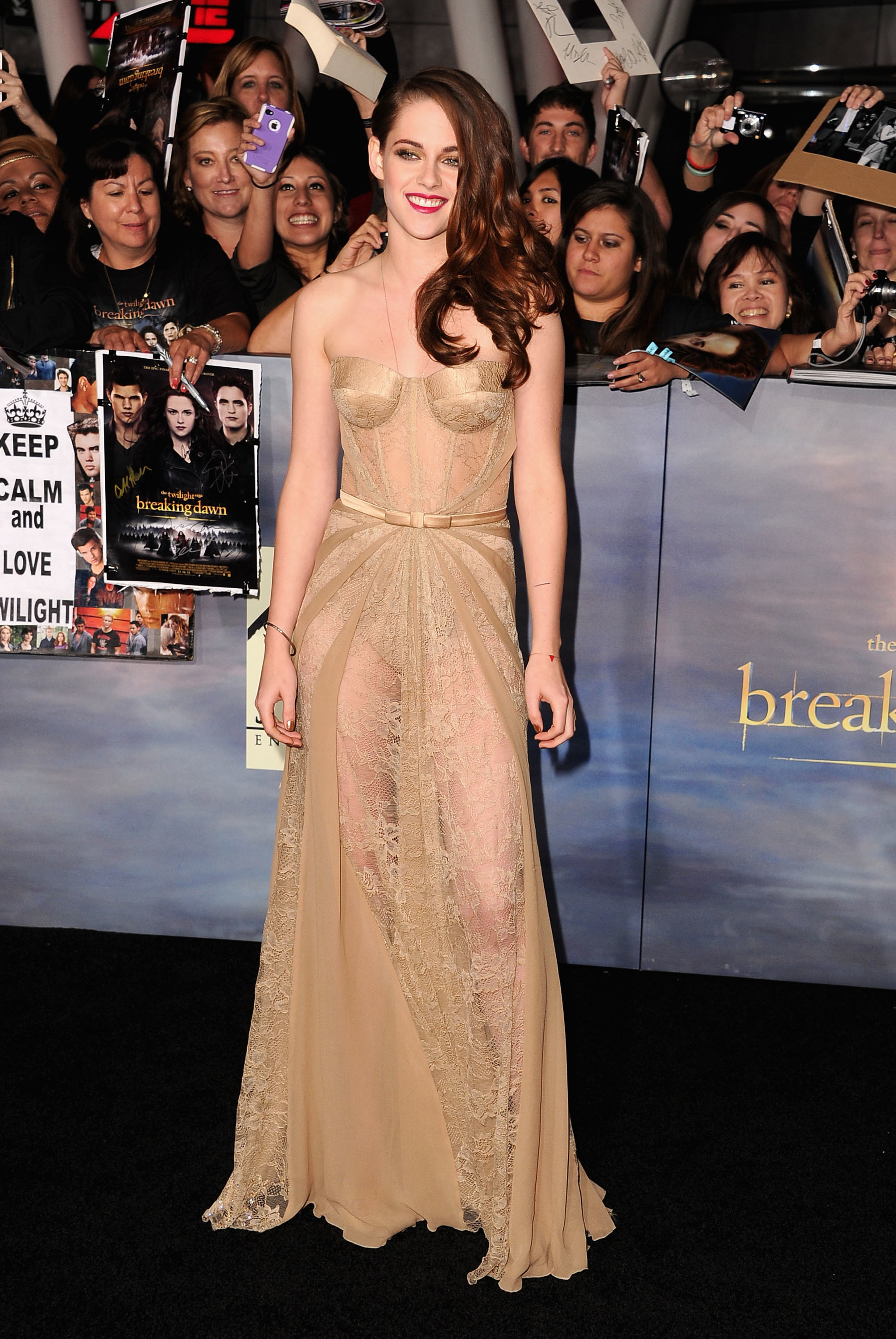 Kristen Stewart nude lace dress